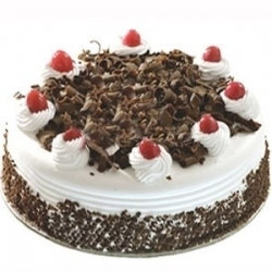 Valentines 2 Pounds Black Forest