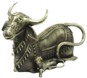 Brass Cow and Calf Figurine (Bastar Art)