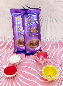 Silk With Diya's